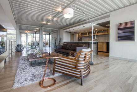 d0710b57 ba62 44cf 810c c0172581a930 - Dallas Couple Builds Luxurious Shipping Container Home